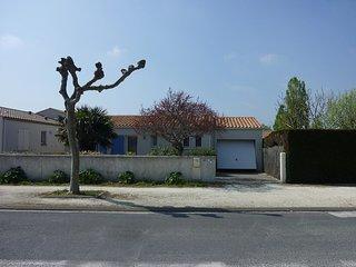 3 bedroom Villa in La Bree-les-Bains, Nouvelle-Aquitaine, France : ref 5514866