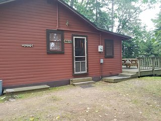 Old Stoney's Resort - Musky Cabin