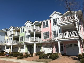 NORTH WILDWOOD - Luxury Vacation Rental 405 (Unit 2)- 1 Block to BEACH