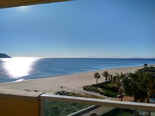 Playa Principe, La Manga Stunning Beach and Ocean Views, Wifi & Air Con