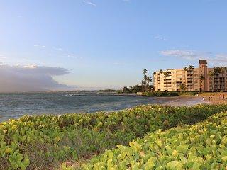 Beautiful Ocean View Condo at Menehune Shores 504 with an A/C Kihei Maui