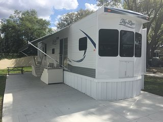 One Bedroom Trailer Rental on Lakeland RV Resort