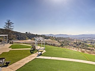 Temecula Apt w/Stunning Views & 5-Acre Event Space