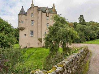 031 - 15th Century Castle