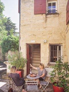 Al fresco dining or enjoy a coffee or something stronger!