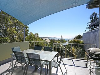 Angourie Blue 1 - Great Ocean Views - Surfing beaches