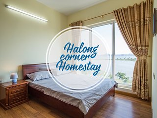 Halong Corner - Halong bay homestay with sea view