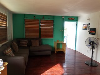 Brand new cottage with an authentic Jamaican feel