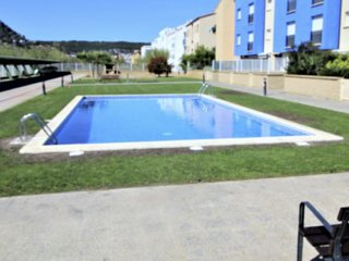 Apartment with swimming pool 3 min from the beach Els Griells