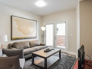 Hollywood Self Catering Apartment UNIT 2303