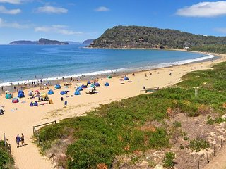Umina Beach House - 5 minutes walk to the beach