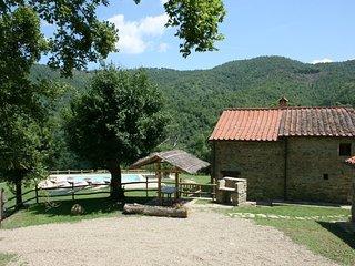 3 bedroom Villa in Misciano, Tuscany, Italy : ref 5240495