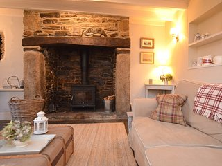 55125 Cottage situated in Crackington Haven (2mls SE)