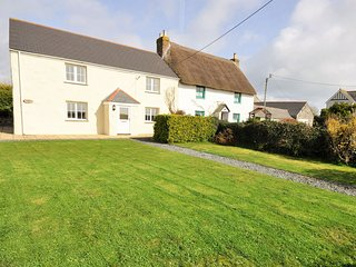 TRENO Cottage situated in Lizard Peninsula