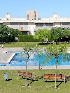 Façade résidence , 1 étage avec terrasses privatives