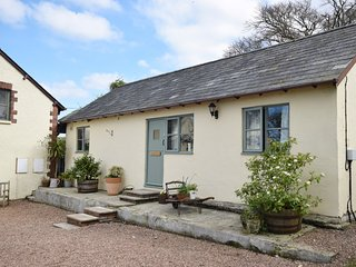 HEMBU Barn situated in Great Torrington (7mls S)
