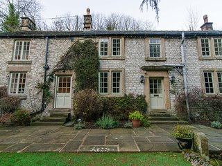 56307 Cottage situated in Miller's Dale