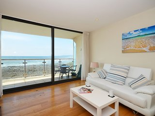 35929 Apartment situated in Westward Ho!