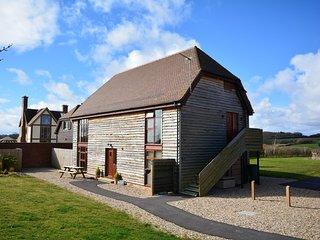 HORTO Barn situated in Wimborne (7mls N)