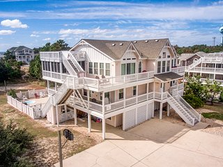 Summer Breeze: 9 BR / 8 BA nine bedroom house in Corolla, Sleeps 20