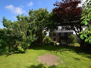44999 Cottage situated in St Ives (6.5mls SE)