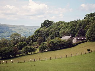 42844 Barn situated in Crickhowell (1.5mls E)