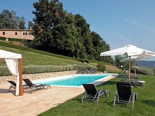 3 bedroom Apartment in Fattoria del Castagno, Tuscany, Italy : ref 5534250