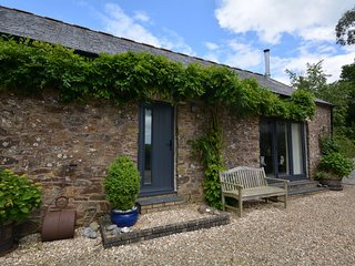 TREGI Barn situated in Mevagissey (5mls NW)