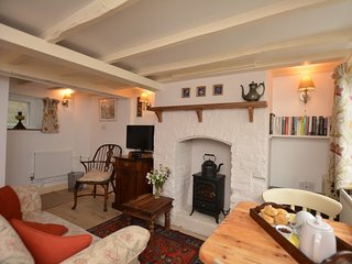 53667 Cottage situated in Presteigne