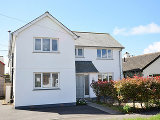 50591 House situated in Bude