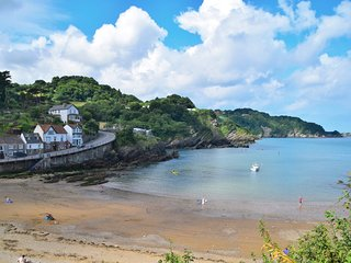 45869 House situated in Combe Martin