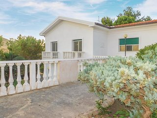 3 bedroom Villa in Eraclea Minoa, Sicily, Italy : ref 5583387