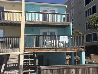 3BR/3.5BA beachfront townhome!  (5 night minimum stay, year round)