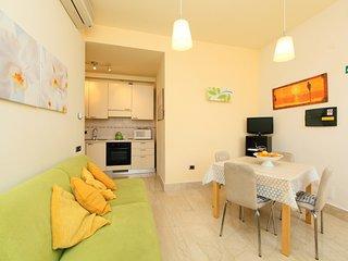 2 bedroom Apartment in Rome, Latium, Italy : ref 5056168