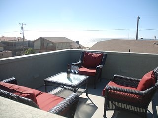 Spacious Home Just Steps from the Beach w/ Free WiFi, Oceanviews & More!