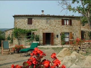 2 bedroom Villa in Camucia-Monsigliolo, Tuscany, Italy : ref 5239775