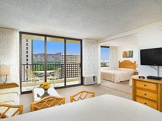 Aston at the Waikiki Banyan - 1 Bedroom Partial Ocean View