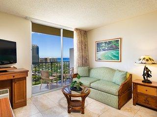 Luana Waikiki Hotel and Suites - 4-Studio Kitchenette Partial Ocean View