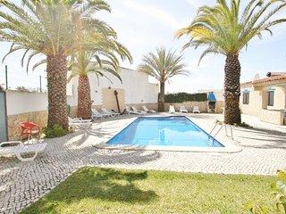 5 bedroom Villa in Praia da Oura, Faro, Portugal : ref 5455404