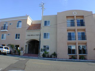 Downtown Pismo Beach Condo About 2 1/2 blocks from the Ocean w/ Free WiFi