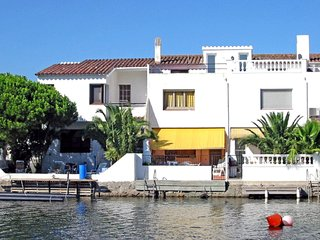 3 bedroom Apartment in Empuriabrava, Catalonia, Spain : ref 5514600