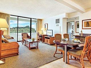 Aston Waikiki Sunset - 2 Bedroom Diamond Head Suite