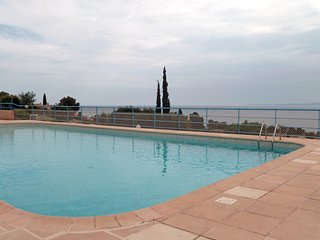 2 bedroom Apartment in Drammont, Provence-Alpes-Cote d'Azur, France : ref 551552
