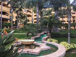 Moderno apartamento en bulevar de San Pedro de Alcántara