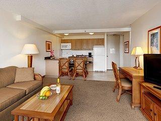 Aston Waikiki Sunset - 1 Bedroom Standard Suite