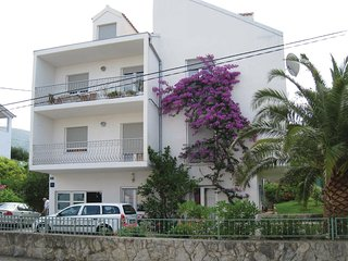 4 bedroom Apartment in Strožanac, Splitsko-Dalmatinska Županija, Croatia : ref 5