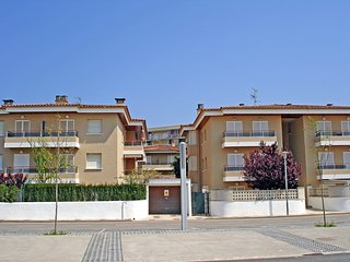 3 bedroom Apartment in Castell-Platja d'Aro, Catalonia, Spain : ref 5515548