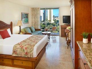 Luana Waikiki Hotel and Suites - City View