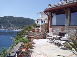Plakes view, terrace with unbelievable views, house with 100% character