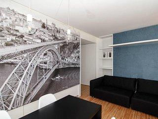 Cathedral Design Apartments .     Se . P3T